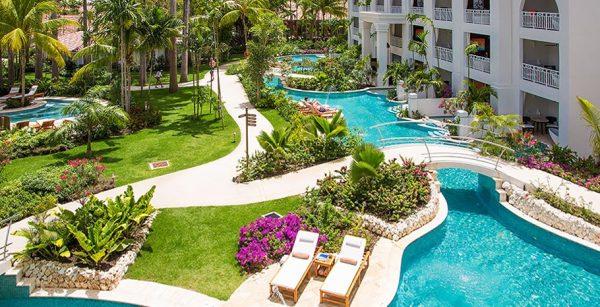 Crystal Lagoon Club Level Luxury Honeymoon Suite with Balcony Tranquility Soaking Tub
