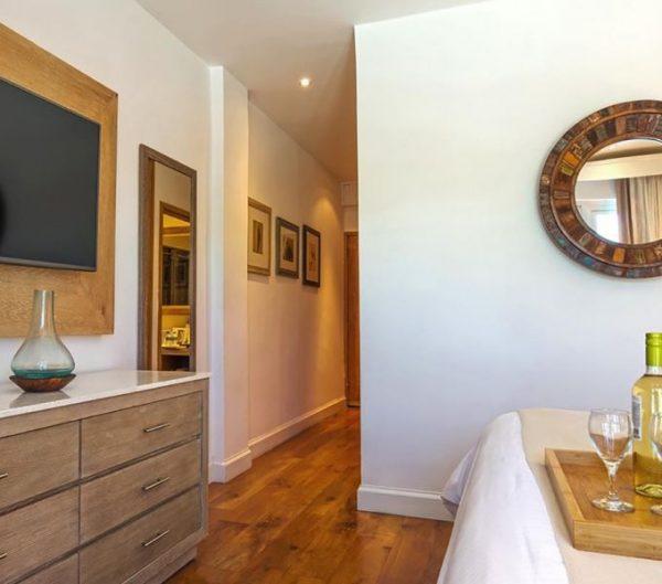 Standard Split Level Room